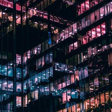 Immobilien & Infrastruktur|https://pluecom.de/infrastruktur-und-immobilien/